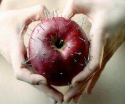 Приворот через яблоко